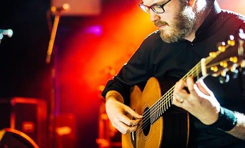 guitar fingerpicking