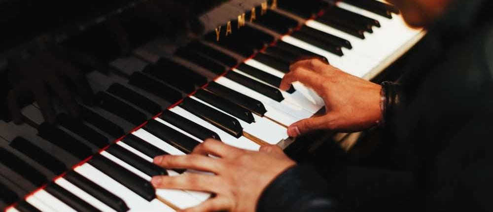 Piano Tips and Techniques: Playing Glissandos