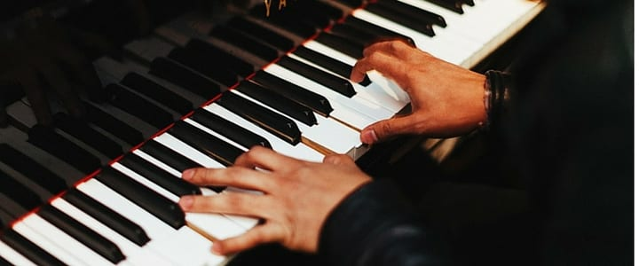 8 Practical Tips for Learning Piano as an Adult