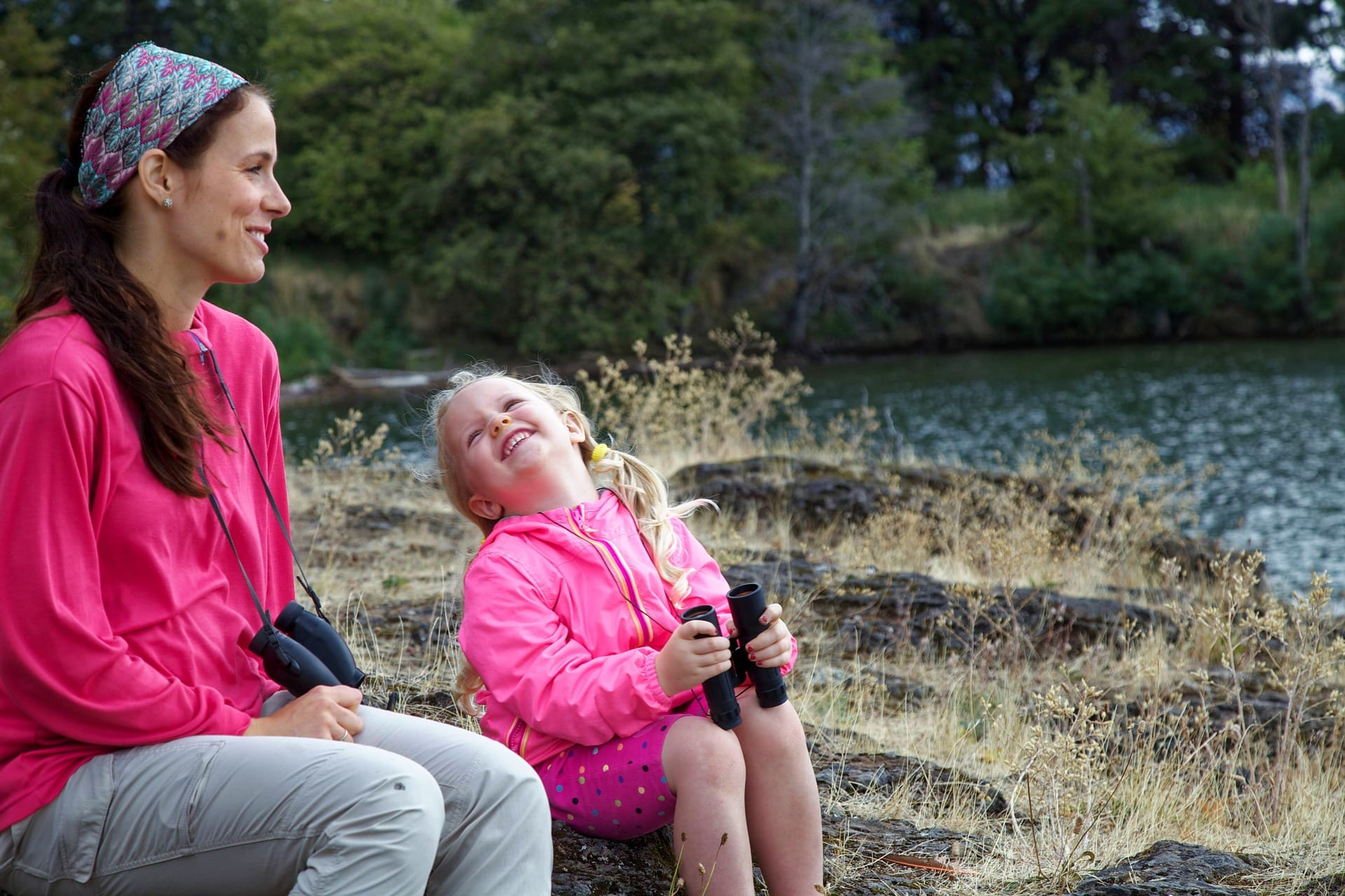 Add a nature walk to your daily homeschool schedule