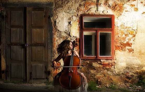 Cello Posture: 5 Tips for Proper Playing Without Injury
